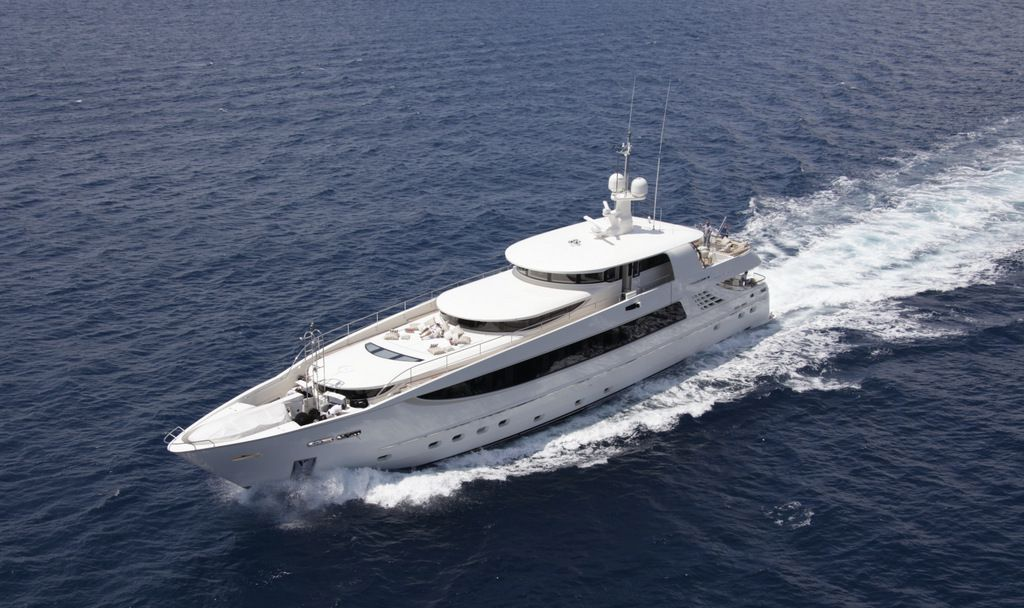 Running shot of M/Y Basmalina II built by ICON Yachts.
