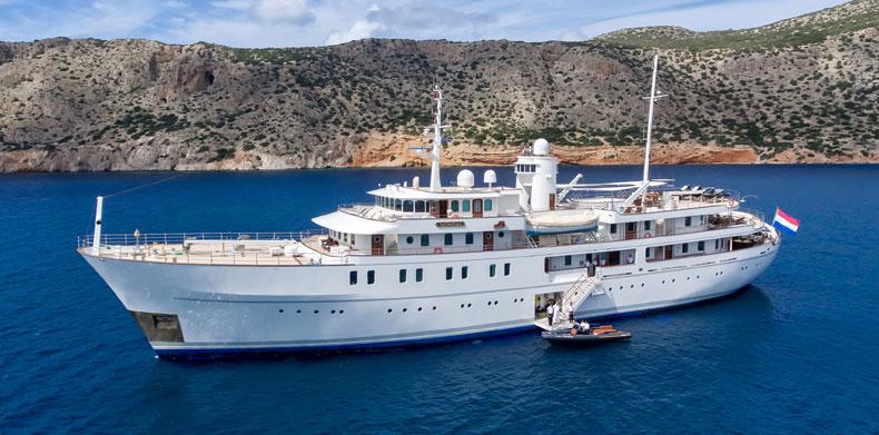 Yacht Refit- Project sherakahn,  Luxury Yacht Builders-01